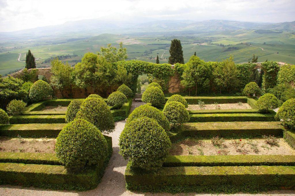 Piccolomini garden